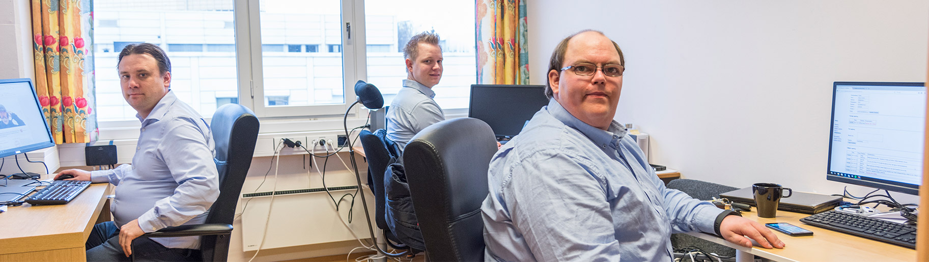 Teknikere på kontoret